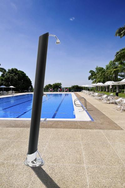 Docce da esterno per piscine 28 images docce piscine come installare una doccia in giardino - Docce per piscine esterne ...