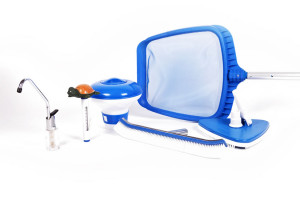kit pulizia piscina, manutenzione piscina, accessori per pulizia